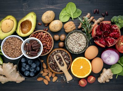 20 superfoods that can help boost immunity background image