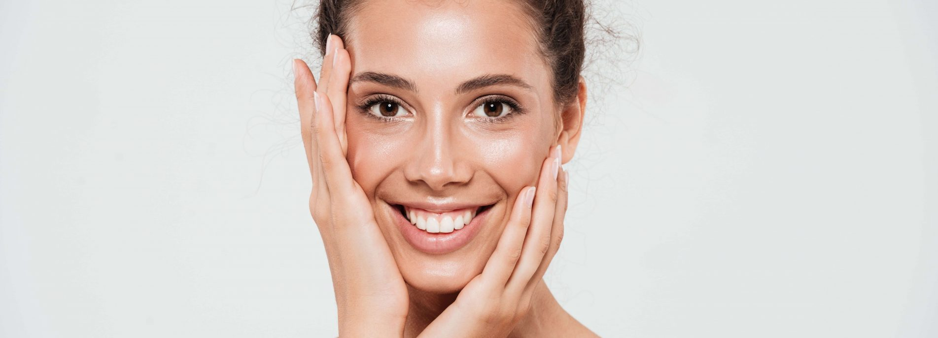 Top 10 Ways to Take Care of Your Skin for This Rainy Season