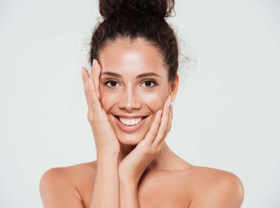 Top 10 Ways to Take Care of Your Skin for This Rainy Season background image