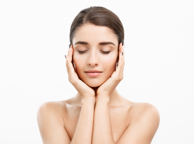 Skin Care Tips: Follow these Top 10 Tips to get Glowing Your Skin in Summer background image