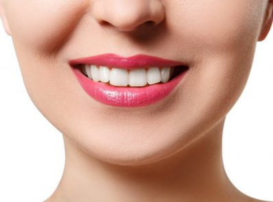 8 oral hygiene tips for a healthy mouth and brighter smile background image