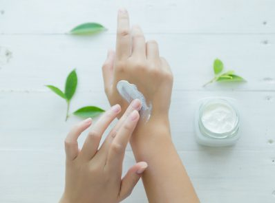 Dry Skin Causes: 7 Essential Tips for Dry Skin Problems